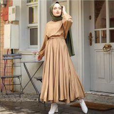 Modern Hijab Fashion, Fashion Wear, Modest Fashion, Hijab Dress, Hijab Outfit, Muslim Girls, Muslim Women, Modele Hijab, Hijab Casual