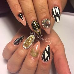 Nude Black and White Gold Almond Nail Art @nailsyulieg