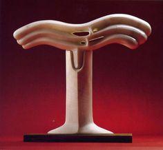 Onda (Ali) 1980, marmo statuario di Carrara e legno, Yoshin Ogata http://musapietrasanta.it/content.php?menu=artisti