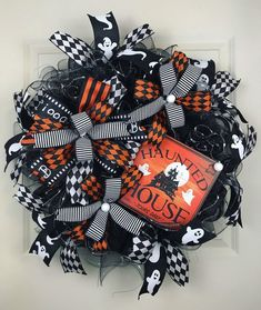 Excited to share this item from my shop: Halloween wreath. Black and orange wreath. Halloween wreath for the front door. Trick or treat. Halloween Mesh Wreaths, Halloween Door, Halloween Crafts, Halloween Decorations, Halloween Ideas, Black Wreath, Fall Deco Mesh, Wire Wreath Frame, Whimsical Halloween