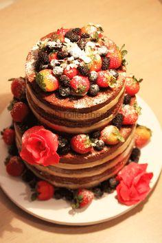 Naked Cake de chocolate com brigadeiro branco