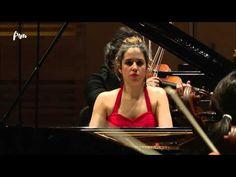 ▶ Chopin - Pianoconcert nr. 2 - Rosalía Gómez Lasheras (piano) - Finale YPF - Live Concert - HD - YouTube