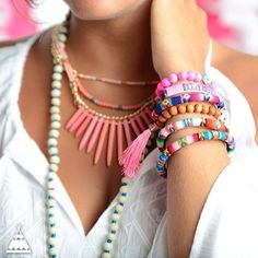 Wardrobe Must Haves for a Chic Summer Boho Look – Glam Radar I Love Jewelry, Boho Jewelry, Jewelry Gifts, Jewelry Box, Jewelry Accessories, Fashion Accessories, Jewelry Design, Fashion Jewelry, Beaded Jewelry