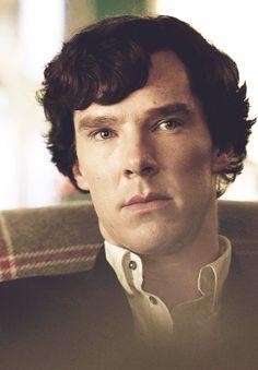 Sherlock- Benedict Cumberbatch, just startes watching this... 0_o