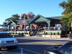 Harpers Restaurant, East Lansing, MI  Pop in for a beer while shopping East Lansing