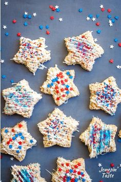 Celebrate the 4th of July with these Patriotic Rice Krispie Treats! They are an easy no bake dessert perfect for summer and decorated with white chocolate and red white and blue sprinkles. #jonesinfortaste #4thofjuly #nobakedesserts Rice Krispy Treats Recipe, Rice Krispie Treats, Marshmallow Rice Krispies, Melting Chocolate, White Chocolate, Star Cookie Cutter, Still Tasty, Star Cookies, Easy No Bake Desserts