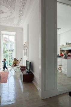 Três Marias Loft in Lisbon by AVA Architects | Yatzer
