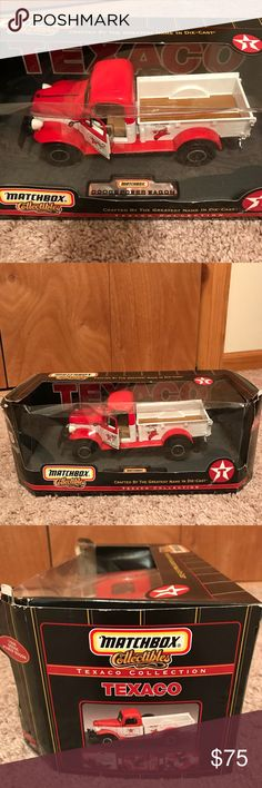 Matchbox diecast 1946 dodge Power Wagon❤️ 1946 Dodge Power Wagon fire truck in original box the box has some damage to the plastic from storage can be glued easily collectors edition 😍❤️ matchbox Other