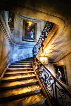 The Royal Stairs from #treyratcliff at www.StuckInCustoms.com - all images Creative Commons Noncommercial.