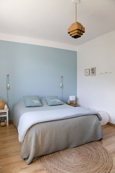 Nice Deco Chambre Ocean that you must know, You?re in good company if you?re looking for Deco Chambre Ocean Decor Room, Bedroom Decor, Home Decor, Bedroom Design Inspiration, Dressing Room Design, Bedroom Wall Colors, Modern Room, Bleu Pastel, Pastel Colors