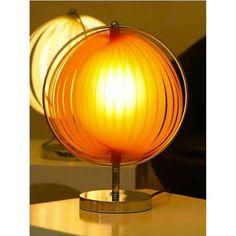 """Disponible sur Sotendance.com Lampe à Poser """"Space"""" Orange"""