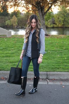explore girls in hunter boots and more 39 s photos on flickr girls in hunter boots fashion. Black Bedroom Furniture Sets. Home Design Ideas