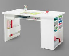 I want this desk!
