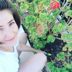 Morniiinnnggggg ;) #gardening #summer #jardin #bodrum #flower #morning #planting #turkey #peace #happy