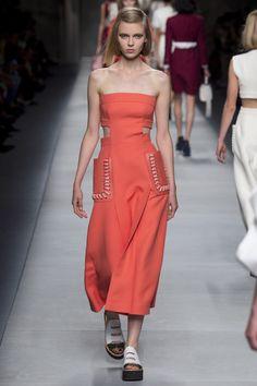 Fendi коллекция | Коллекции весна-лето 2016 | Милан | VOGUE