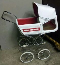 Vintage Pram, Baby Buggy, Baby Carriage, Prams, Retro, Wheelbarrow, Delft, Old Pictures, Kids And Parenting