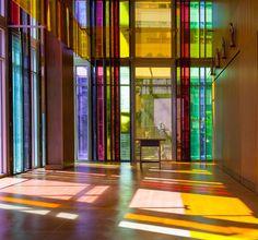 Olson Kundig Architects, 1950'lerden kalan bir binada faaliyet gösteren Gethsemane Lüteriyen Kilisesi'ni yeniledi. Zengin ve karmaşık projenin tasarımı, 1950'li yıllardan bu yana Seattle şehir merkezinde bulunan Gethsemane Lüteriyen