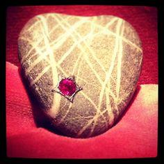 JAR #jewelsbyjar #jarparis #jar #joelarthurrosenthal pebble up close