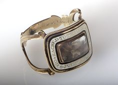 Gold mourning ring commemorating John Malcolm Stevens (died 1817).