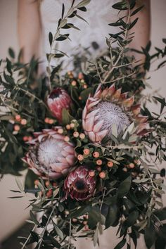 Earthy + bohemian overgrown bridal bouquet   Image by Kindred Wedding Storytellers