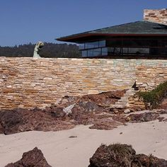 Frank Lloyd Wright's West Coast Projects Are Saluted in a New Book : Architectural Digest