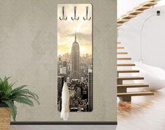 Vešiak na stenu Manhattan