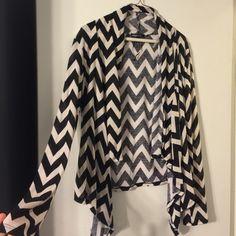 Black & White Chevron Sweater/Cardigan Like new condition Sweaters Cardigans