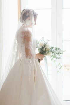 Stunning white wedding in Portugal with an old world feel: http://www.stylemepretty.com/2014/06/25/stunning-white-wedding-in-portugal-with-an-old-world-feel/ | Photography: http://www.brancoprata.com/
