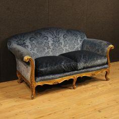 1300€ French sofa in blue velvet. Visit our website www.parino.it #antiques #antiquariato #furniture #lacquer #antiquities #antiquario #couch #armchair #sofa #decorative #interiordesign #homedecoration #antiqueshop #antiquestore #gold #golden