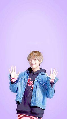 "Taehyung's phone bg for BTS x SK Telecom ""Thank you so much for liking whatever facial expression I make"" Daegu, Namjoon, Kim Taehyung, Taehyung Fanart, Hoseok, Foto Bts, K Pop, Sk Telecom, Bts Gifs"