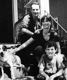Happy Grimes family picture - before the world fell apart. I didn't know they had a dog! Where is it? Didn't Shane rescue it too? #TWD #Rickgrimes