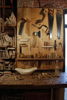 6 Eye-Opening Unique Ideas: Essential Woodworking Tools Ideas woodworking tools for beginners.Woodworking Tools Diy Work Benches woodworking tools for beginners.Basic Woodworking Tools The Family Handyman. Essential Woodworking Tools, Antique Woodworking Tools, Antique Tools, Woodworking Workshop, Woodworking Bench, Woodworking Shop, Woodworking Crafts, Grizzly Woodworking, Popular Woodworking