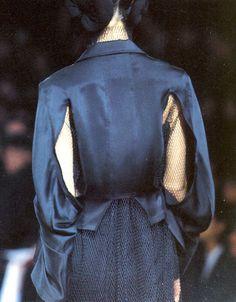 YOHJI YAMAMOTO | FALL/WINTER 1995