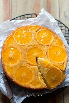 Orange inverted cake (Soft and Very Easy) Recipe of Tavolartegusto Sweets Recipes, Wine Recipes, Cooking Recipes, Vegan Breakfast Recipes, Vegan Desserts, 3 Ingredient Cheesecake, Sweet Light, Cookies For Kids, Biscotti
