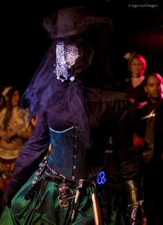 steampunk-automaton-costume-paige-gardner-photo-brian-wible.jpg (414×571)