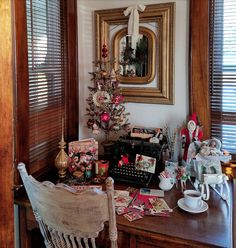 Follow The Yellow Brick Home - Music Themed Christmas Decor How To Decorate A Music Room