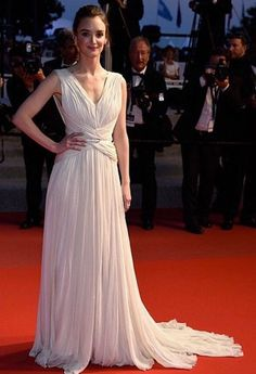 Cannes 2015 - Charlotte Le Bon (Elie Saab)