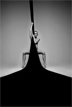 - black and white photography Boudoir Photography, Creative Photography, Fine Art Photography, Portrait Photography, Fashion Photography, Black White Photos, White Art, Black And White Photography, Photographie Portrait Inspiration