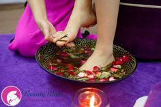 NGÂM CHÂN CHO BÀ BẦU - Cách pha nước ngâm chân massage cho bà bầu