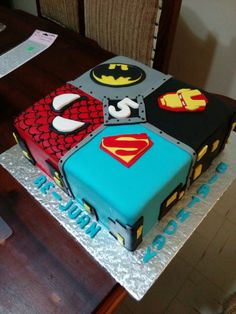 5th birthday marvel hero cake