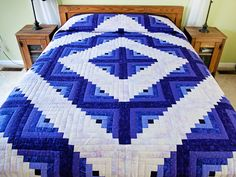 Log Cabin Quilt -- gorgeous cleverly made Amish Quilts from Lancaster (hs6963)