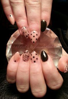Day 90: Polka Dot Accent Nail Art - Nails Magazine