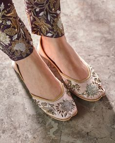 27fb687c5af245 Desert Rose  Payal Singhal X. Indian ShoesWinter ...