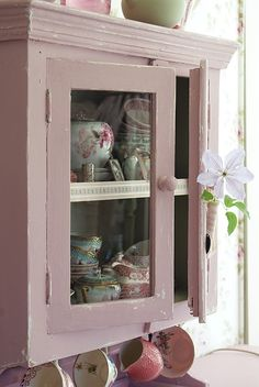 Lovely shabby chic cupboard - Annie Sloan Antoinette over old white or original would get same effect.