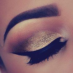 Gold smoked eyeshadow.