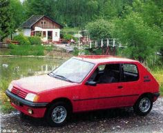 205XS, phase 1(1986 - 1987)   This is a french version but the UK's looked identical apart from being RHD. The early 205 XS's shared the engine of the five door GT's of thier time, a 1360cc (XY8) engine producing 80bhp at 5,800rpm using two single-choke Weber carbs. The XS's had the sportier GTi front and rear valance and a sportier interior trim than the GT / XT did.