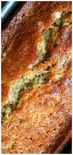 Myers's Banana Bread ~ Moist, perfectly sweet, and delicious. Myers's Banana Bread ~ Moist, perfectly sweet, and delicious. Baked Breakfast Recipes, Breakfast Cake, Sweet Breakfast, Breakfast Ideas, Banana Bread Recipes, Cake Recipes, Dessert Recipes, Banana Bread Recipe 5 Bananas, Crockpot Banana Bread