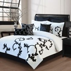 9 Piece Queen Duchess Black and White Comforter Set Bedroom Sleeping for sale online Elegant Comforter Sets, King Size Comforter Sets, King Size Comforters, Cal King Bedding, Bedding Sets, Queen Bedding, Decoration Bedroom, Bed In A Bag, White Damask