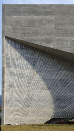 Centro Roberto Garza Sada de Arte by Tadao Ando Architect Monterrey Mexico