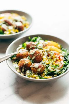 Summer Bliss Bowls with Sweet Potato Falafel and Jalapeño Ranch to get a free eCookbook with our top 25 recipes.Summer Bliss Bowls with Sweet Potato Falafel and Jalapeño RanchIhhhht's a summer bliss bowl Veggie Recipes, Healthy Dinner Recipes, Vegetarian Recipes, Cooking Recipes, Vegetarian Salad, Healthy Meals, Falafels, Sweet Potato Fritters, Clean Eating